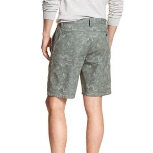 Banana Republic casual camo shorts